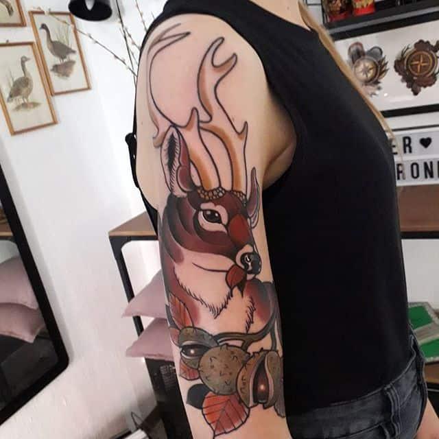 тату олень ветное на плече