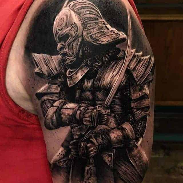 тату самурай с мечом