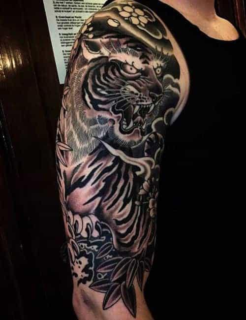 тату тигр япония