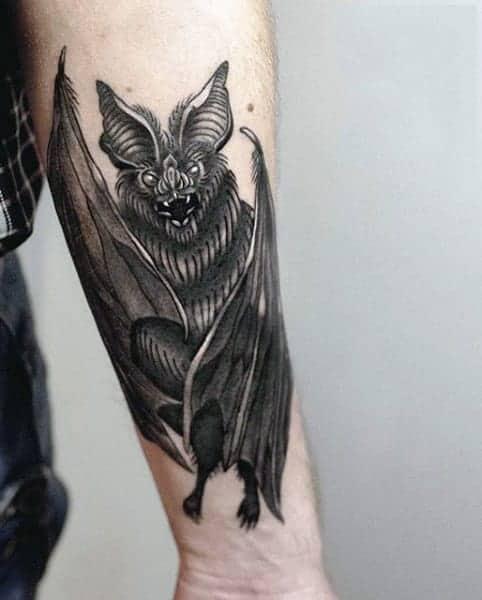 Летюча миша татуювання