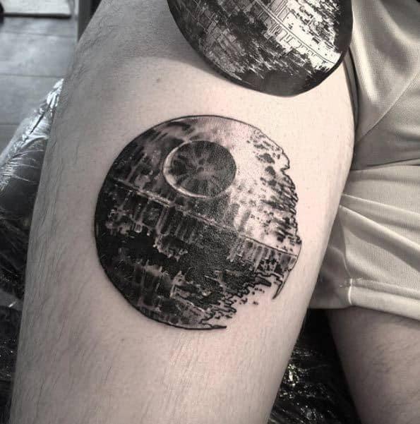 татуювання Зірка Смерті