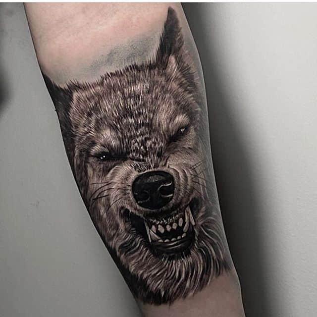 оскал волк тату