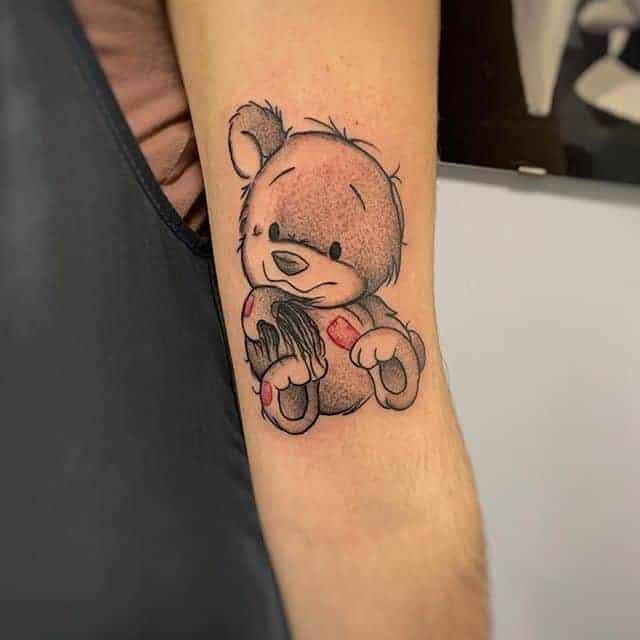 тату мультяшний ведмідь