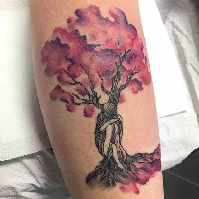 женские тату дерево