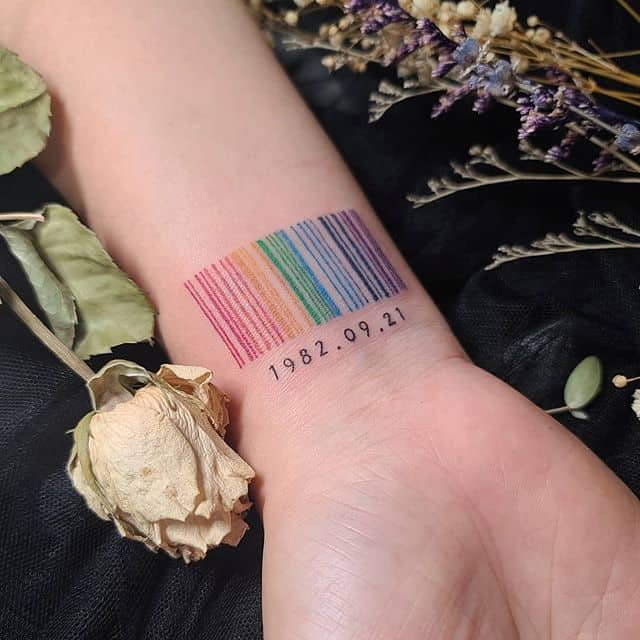 штрих код тату цветная