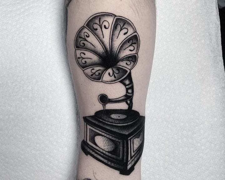 Граммофон черно-белая