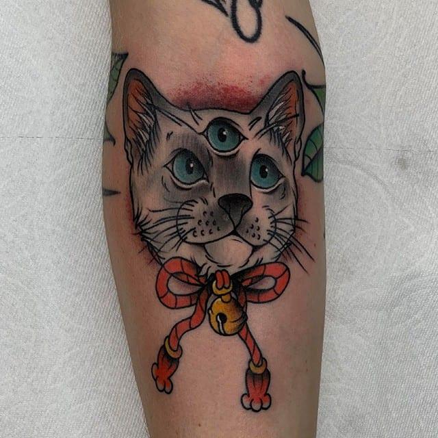 тату третий глаз кошка
