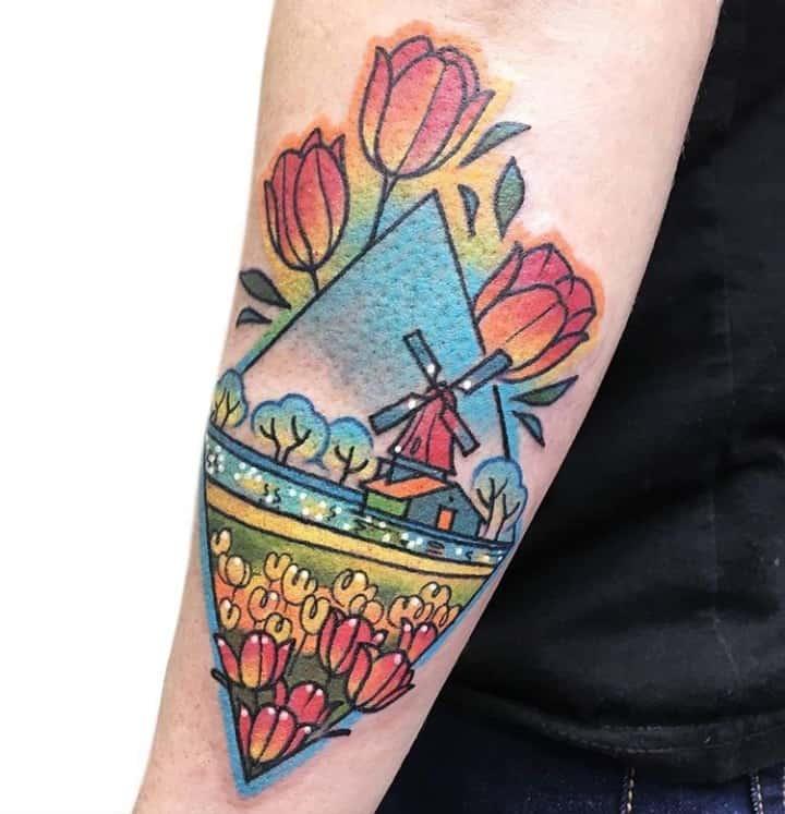 тату мельница цветы
