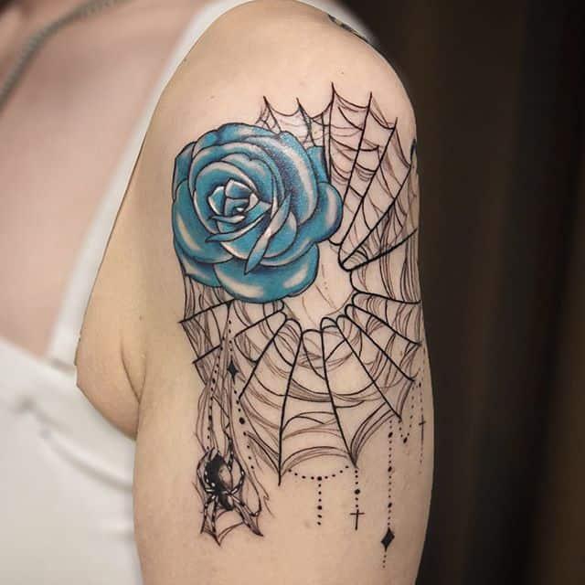 паутина и роза тату