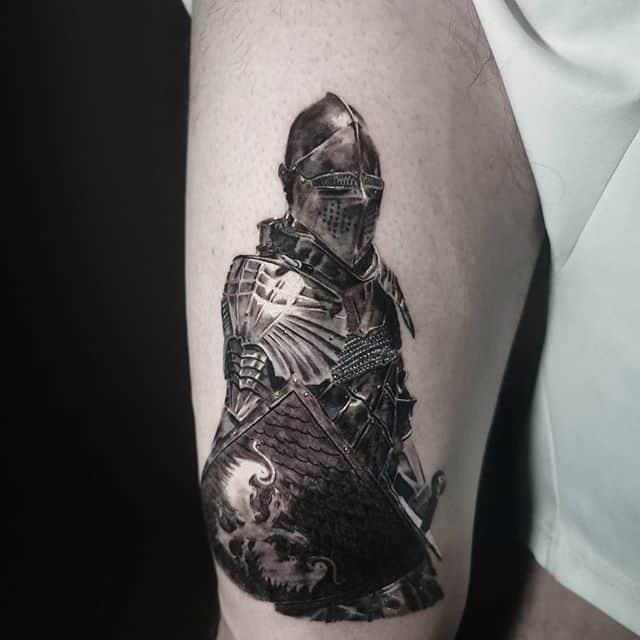 рыцарь тату чб