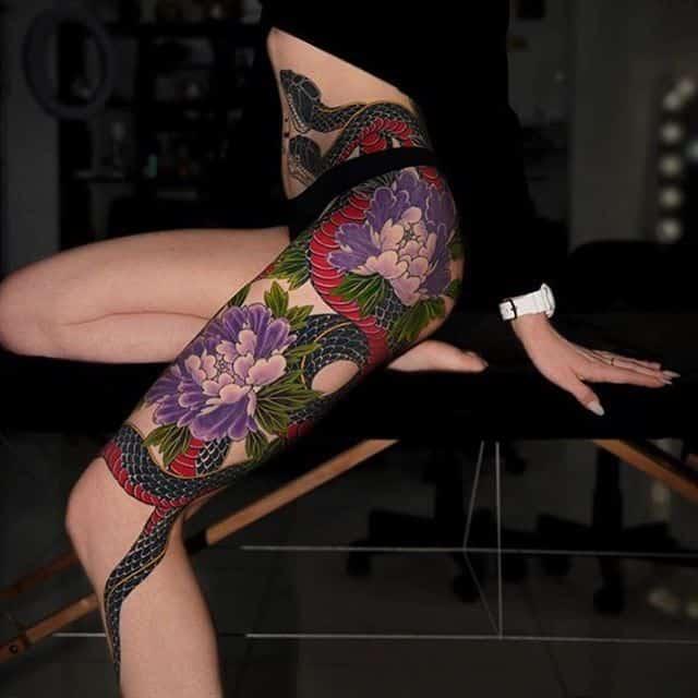 японские тату на ноге женские