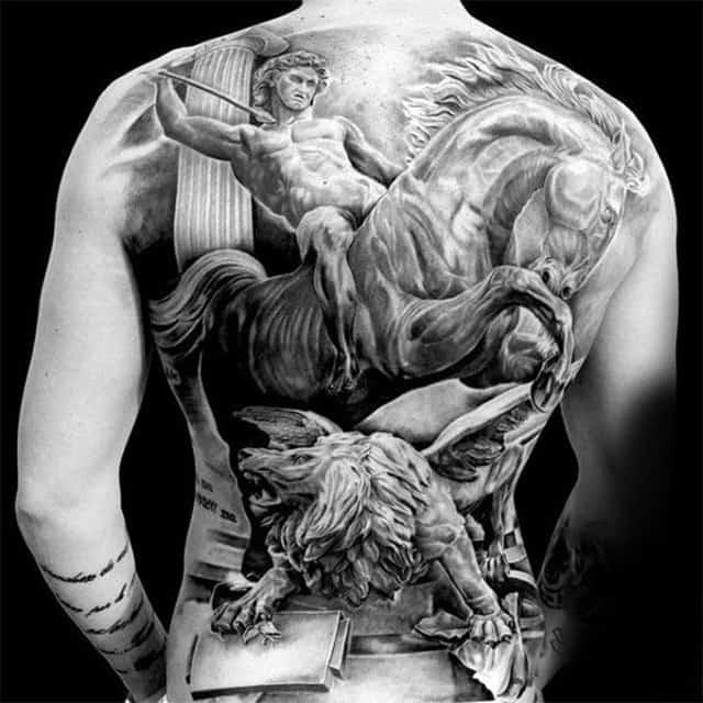 татуировка всадник на коне