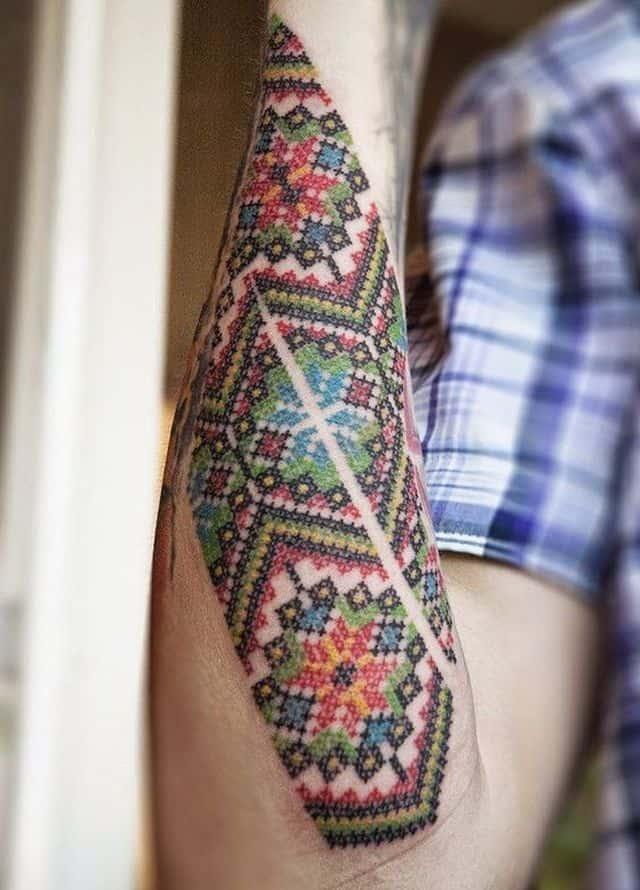 украинская вышивка тату цветное