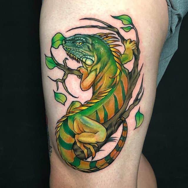 игуана тату цвет