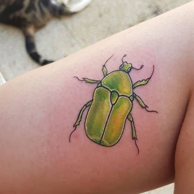 тату жук майский